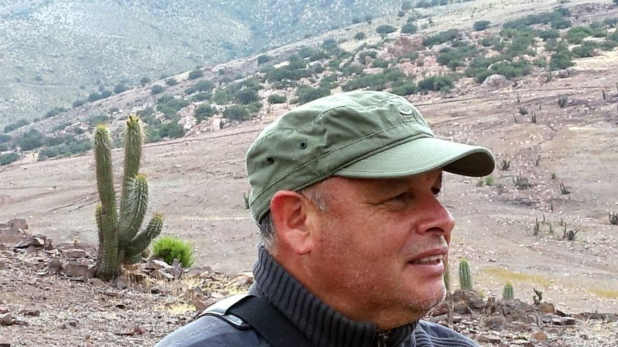 Rodrigo Mundaca en los campos de Petorca