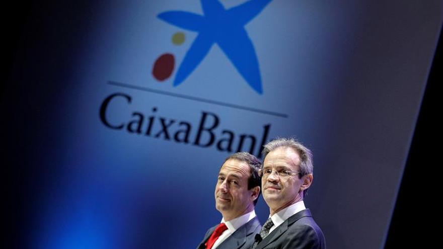CaixaBank eleva su beneficio un 74,7 % en el trimestre, hasta 704 millones