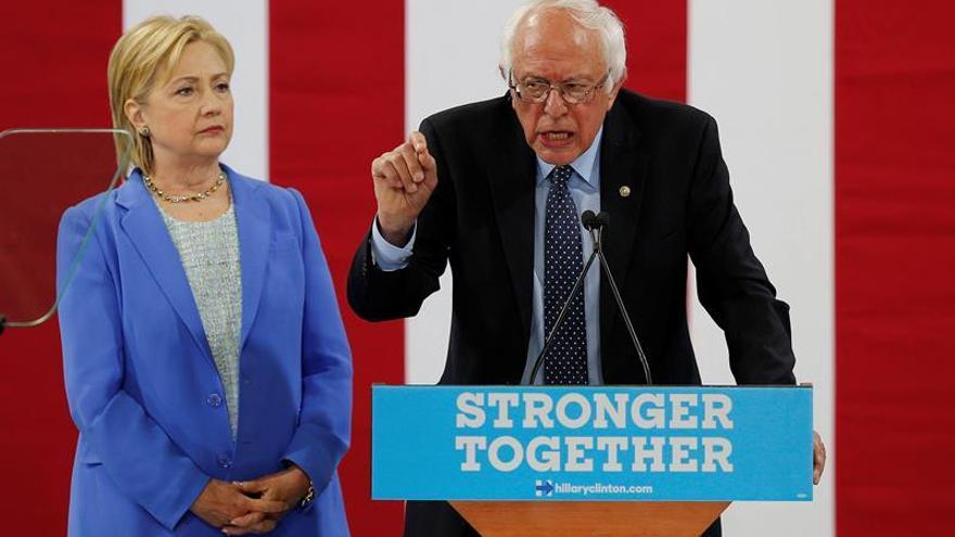El efecto Sanders y la mutación de Clinton tras unas primarias inesperadas