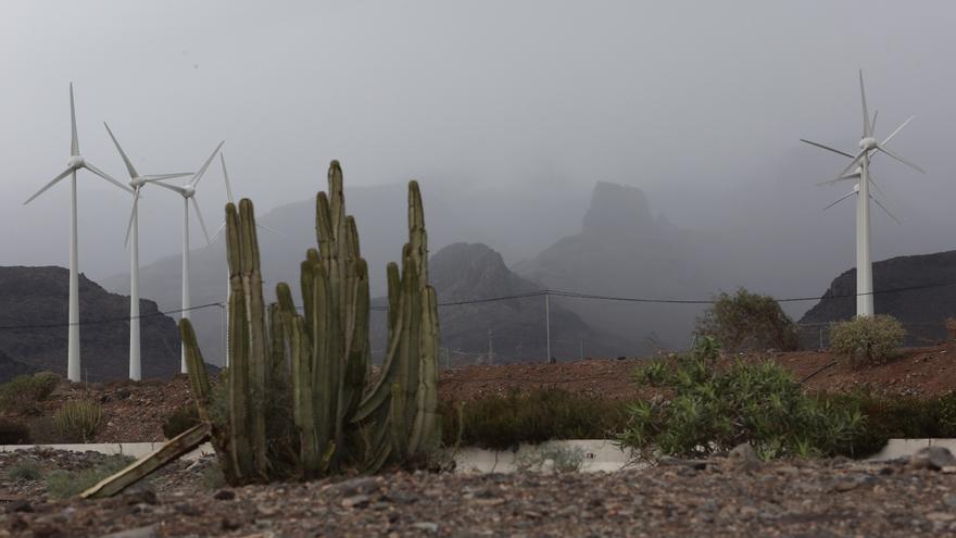 Chubascos acompañados de tormentas este lunes en Canarias