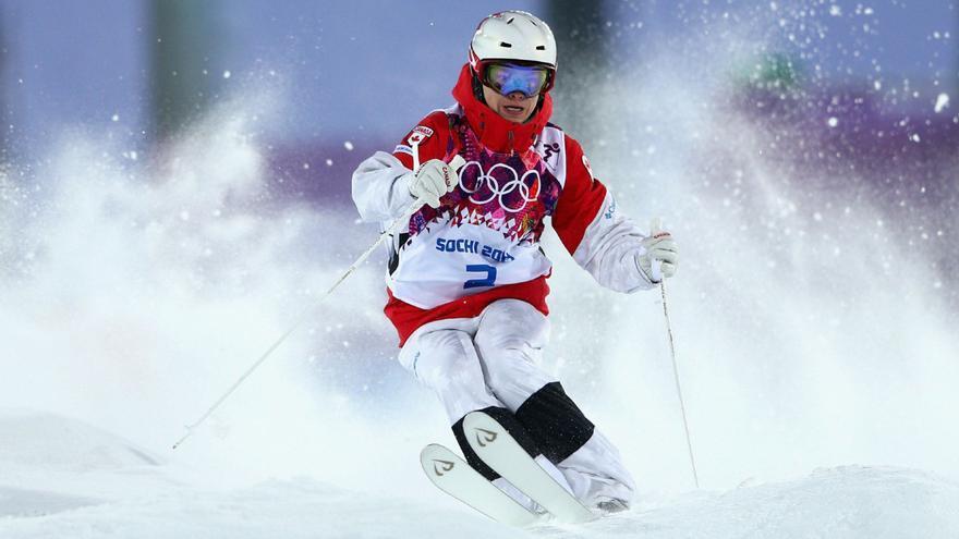 Mikael Kingsbury, el rider canadiense gran favorito en baches.