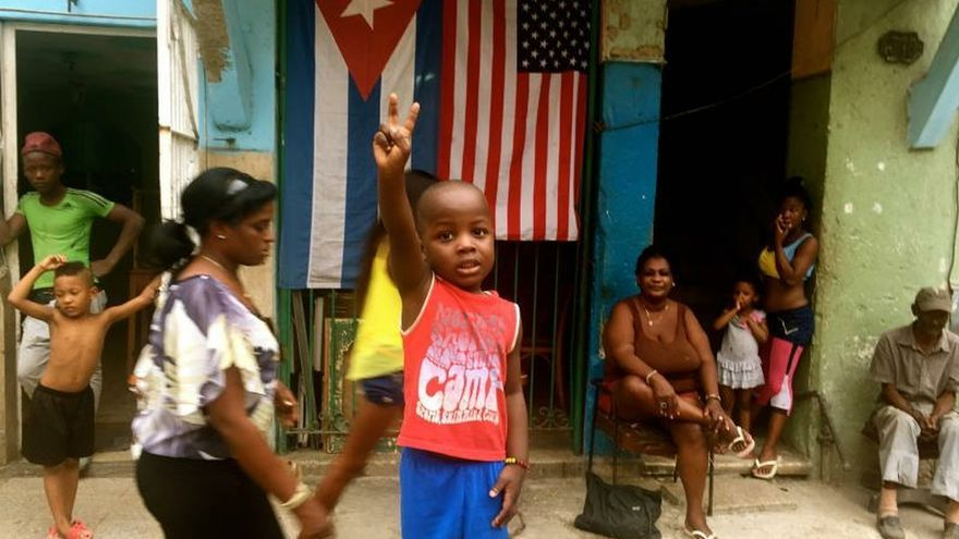 """De imperialismo a turismo masivo, Cuba desembarca en Sundance con """"Epicentro"""""""