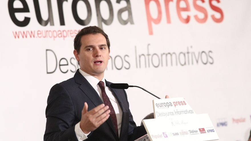 Rivera no descarta que se llame a declarar a Rajoy en la comisión de investigación sobre las financiación del PP
