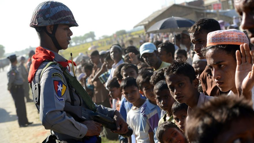 Los refugiados en los campos de desplazados denuncian interminables abusos de las fuerzas de seguridad que gozan de poder absoluto en las instalaciones./ Zigor Aldama.