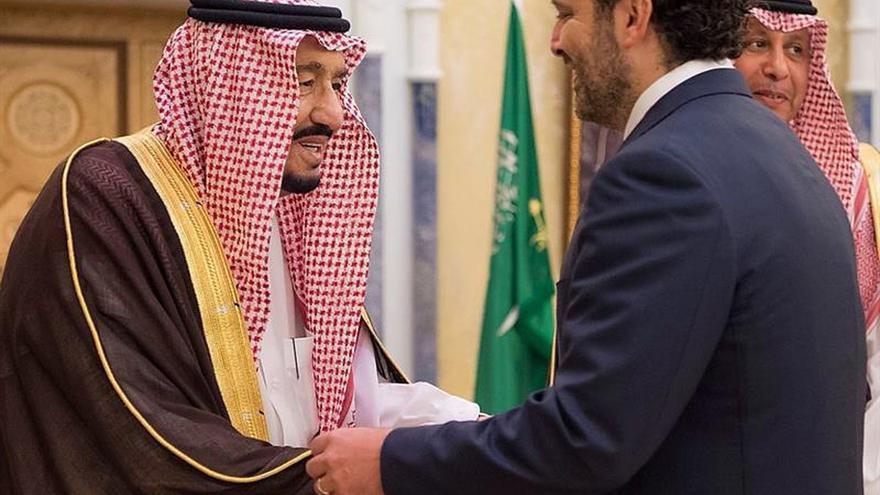 El exprimer ministro libanés Saad Hariri viaja a Abu Dabi desde Riad