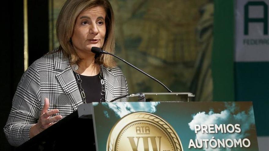 Báñez dice que la nueva agenda de empleo debe tratar los horarios racionales