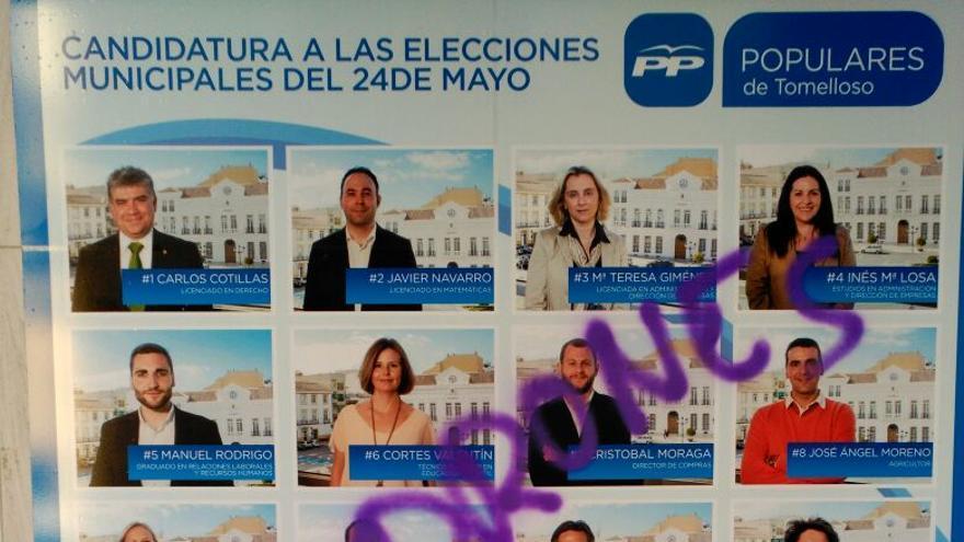 Pintadas sede del PP en Tomelloso