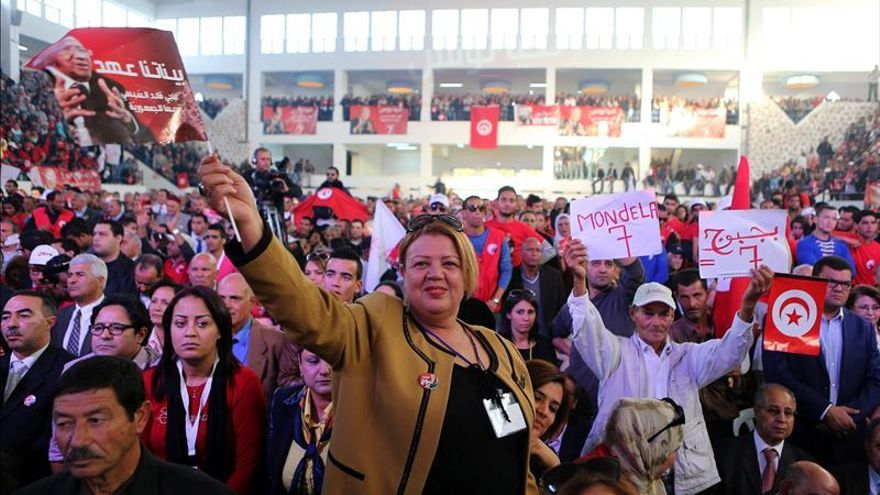 La campaña de las primeras presidenciales tunecinas libres se acerca a su fin