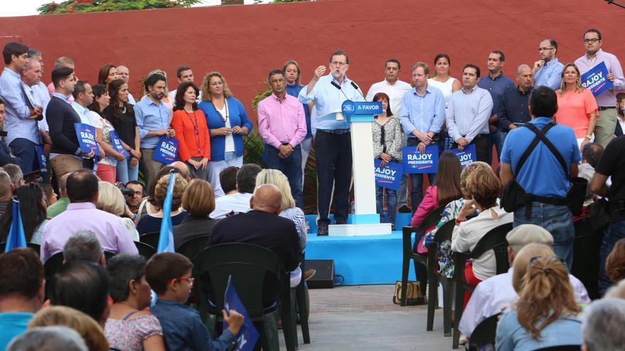 Mitin de Mariano Rajoy en Gran Canaria. (ALEJANDRO RAMOS)