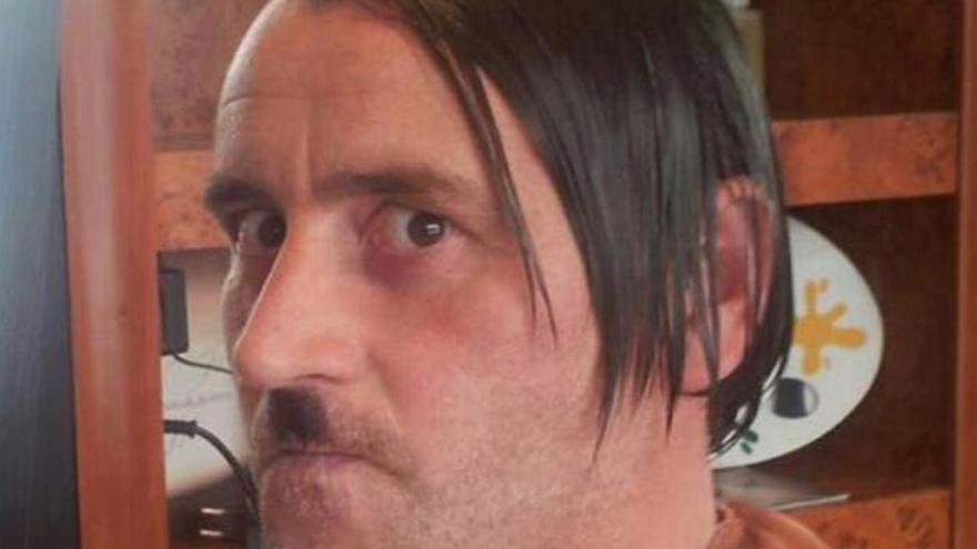 Bachmann, disfrazado de Hitler