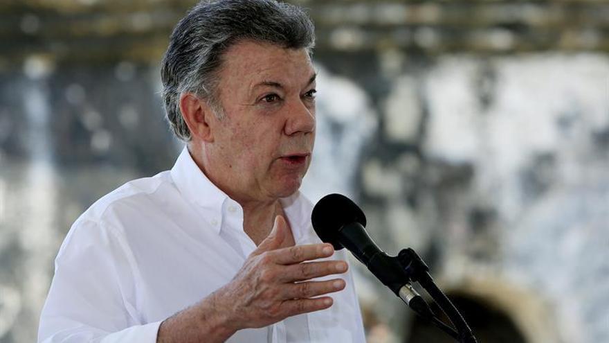 Santos presenta al sector cafetero como un elemento para consolidar la paz