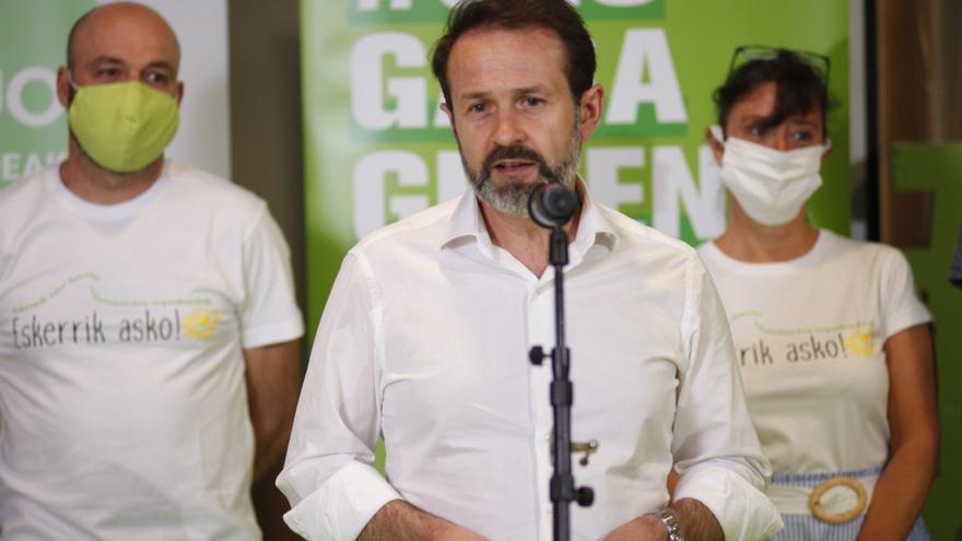 El Parlamento vasco se despide del verde