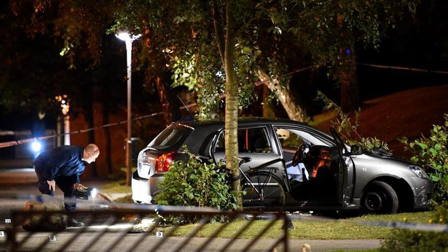 Fallece uno de los heridos del tiroteo del domingo en el sur de Suecia