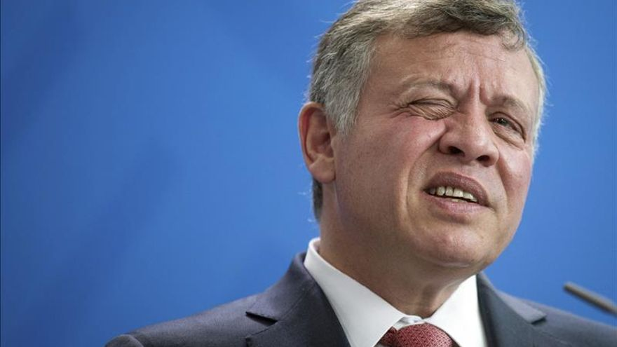 """El rey de Jordania condena el """"cobarde acto terrorista"""" de París"""