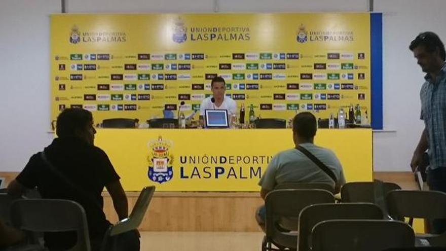 Roque Mesa durante la rueda de prensa.