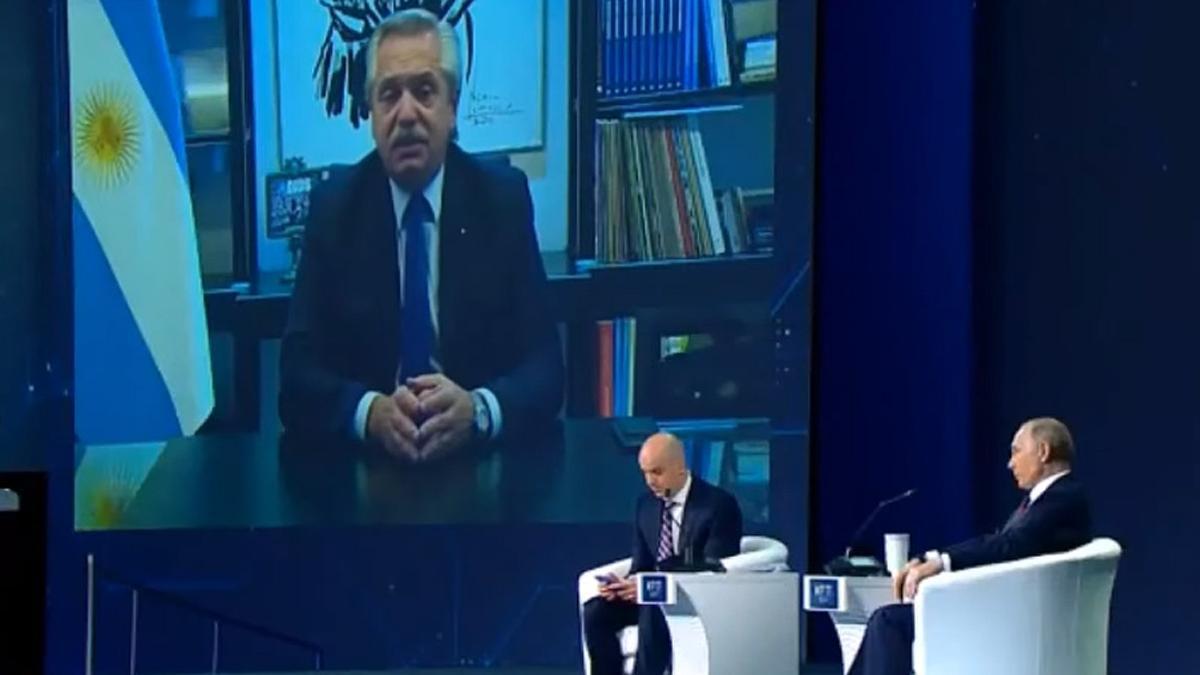 Fernández participó de la sesión plenaria del Foro Económico de San Petersburgo 2021.