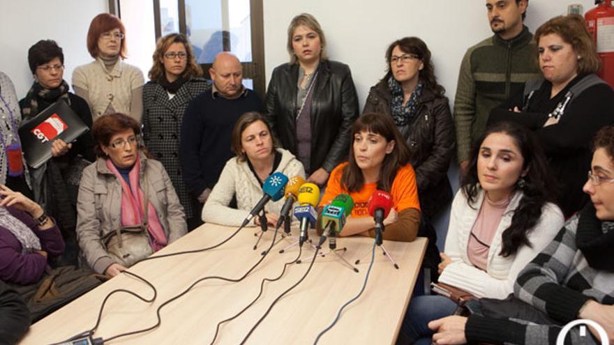 Rueda de prensa del personal de refuerzo de la Dependencia | MADERO CUBERO