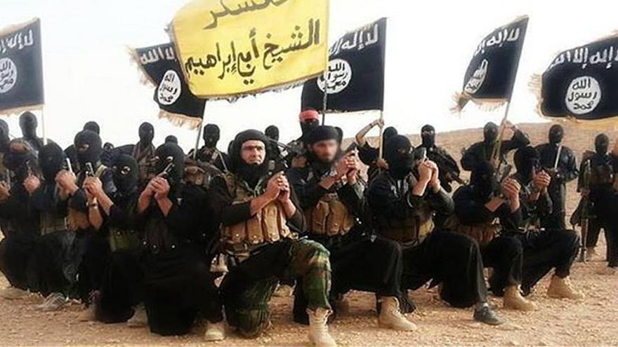 Miembros de ISIS posan para un vídeo de reclutamiento.