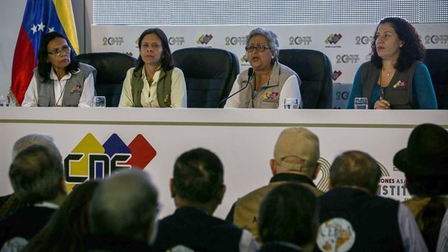 """París cree que la Constituyente """"amenaza con agravar la tensión"""" en Venezuela"""