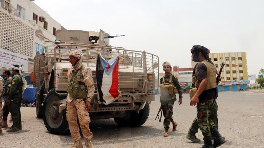 El conflicto en Aden evidencia las divergencias entre los aliados árabes en el Yemen
