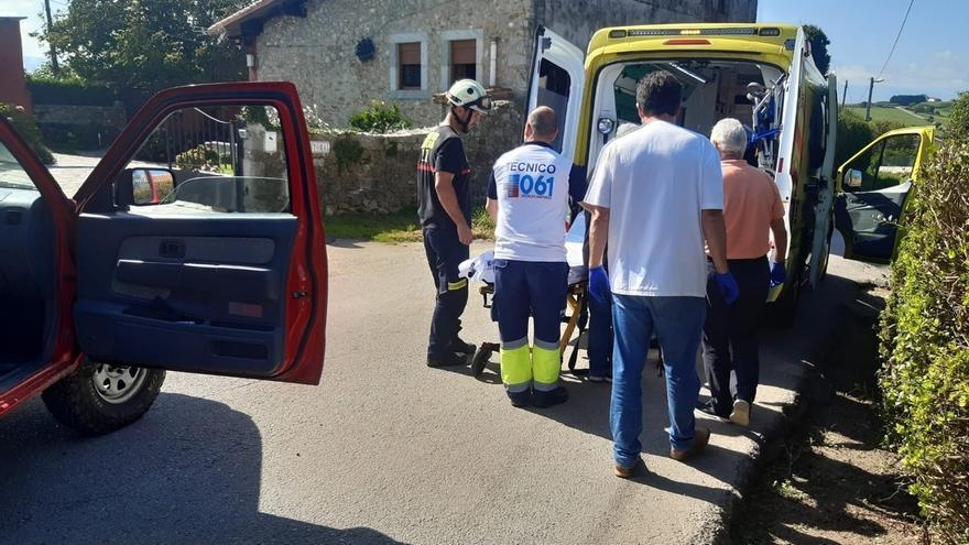 Evacuado un hombre de 75 años de la senda de los Acantilados en San Vicente tras sufrir una lipotimia
