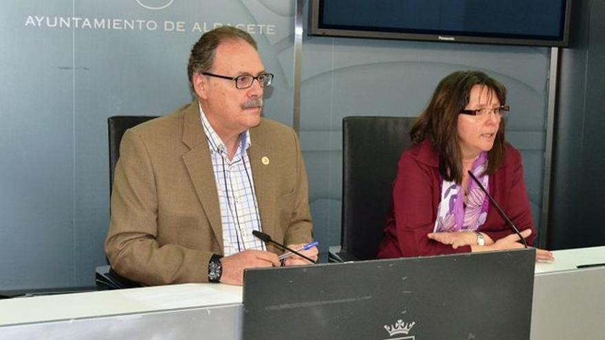 Antonio Martínez (PSOE) y Victoria Delicado (IU), Ayuntamiento de Albacete