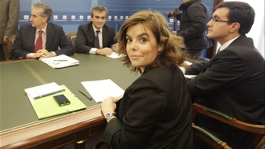 Reunión De Soraya Sáenz De Santamaría Y Jáuregui En Moncloa