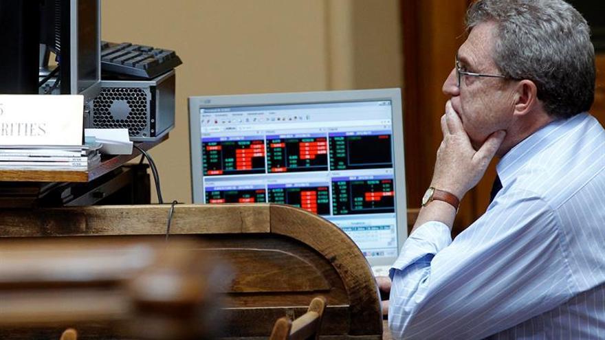 El Tesoro coloca 1.550 millones en letras a un interés aún más negativo