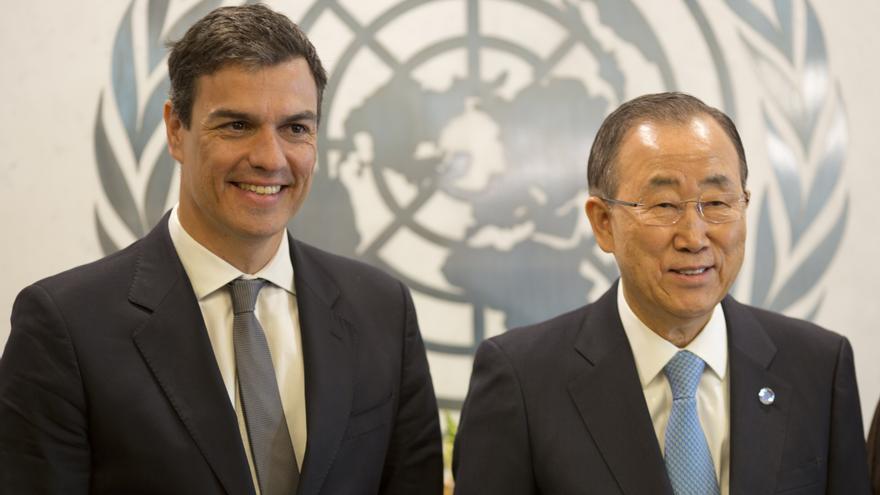 Pedro Sánchez junto al secretario general de la ONU, Ban Ki-Moon / Flickr PSOE