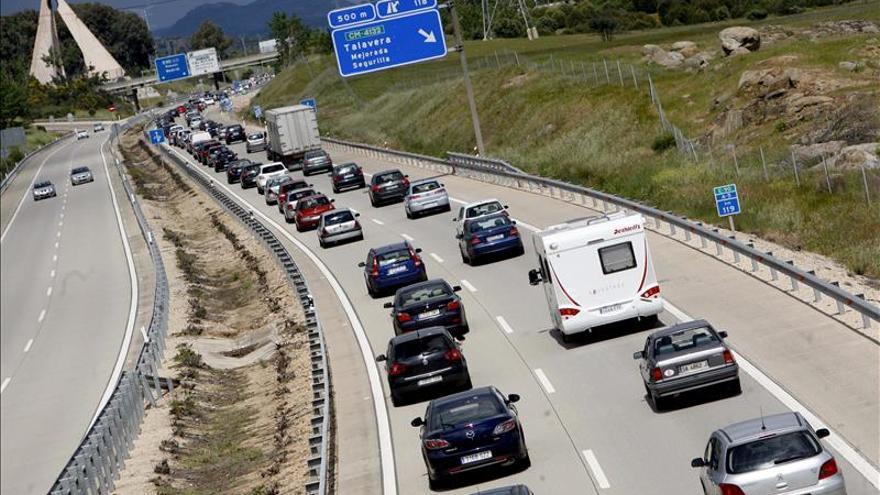 PSOE pide promover una conducción eficiente para reducir el consumo y la contaminación