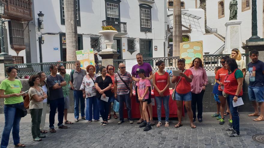 Concentración este sábado en la Plaza de España.