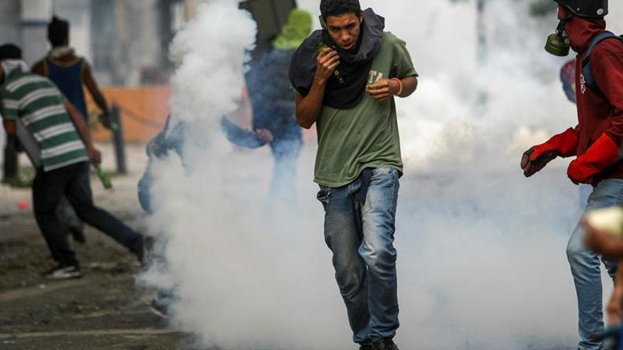 """China expresa el deseo de que Venezuela logre """"mantener la estabilidad"""""""