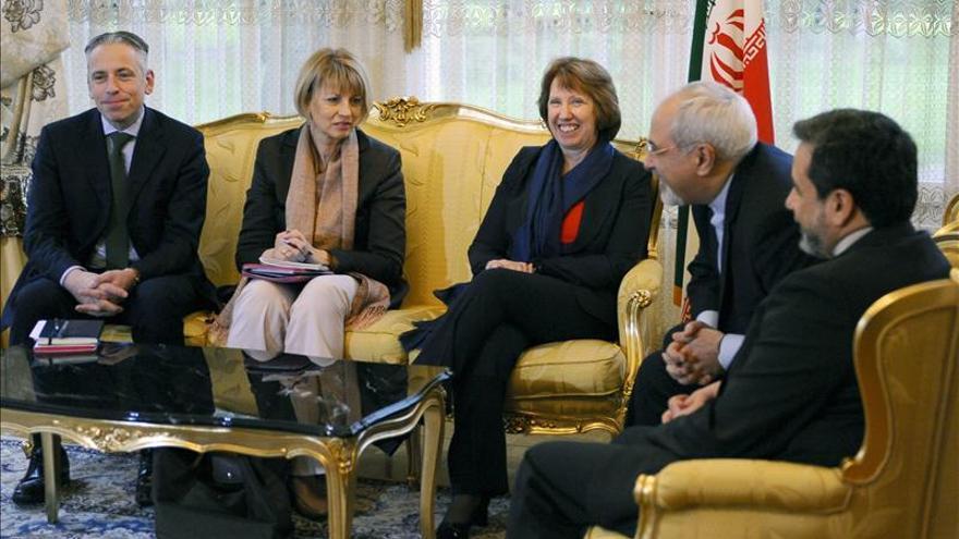 Asthon informa a las delegaciones que negocian en Ginebra de su encuentro con el ministro iraní