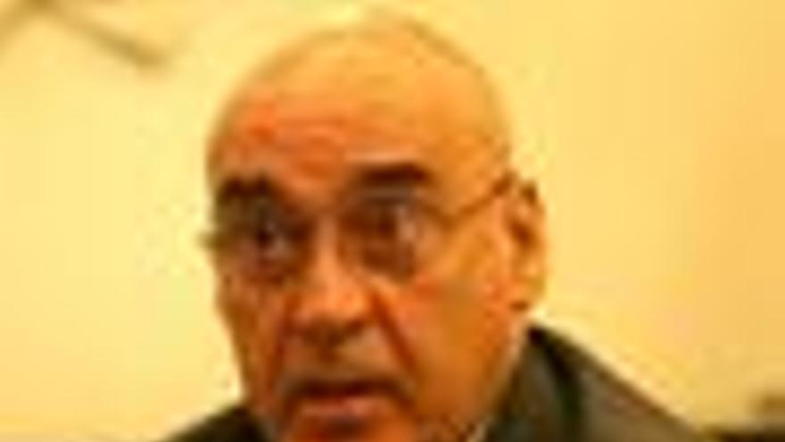 Rojo considera grave el bloqueo del nombramiento de Pajín como senadora