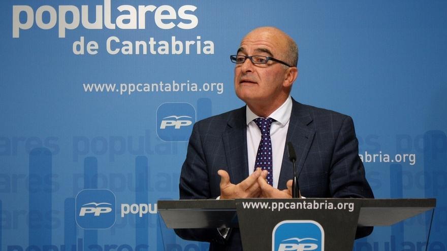 """El PP cree que la """"campaña"""" de los sindicatos """"contra"""" el partido responde a la reducción de subvenciones"""