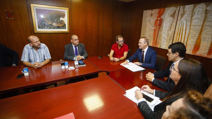 Augusto Hidalgo y Mario Regidor, en el acuerdo de la RPT de Las Palmas de Gran Canaria