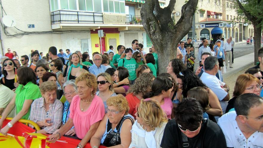 """PP de C-LM dice que, en la inauguración del curso, frente a """"7 u 8"""" manifestantes había mil ciudadanos aplaudiendo"""