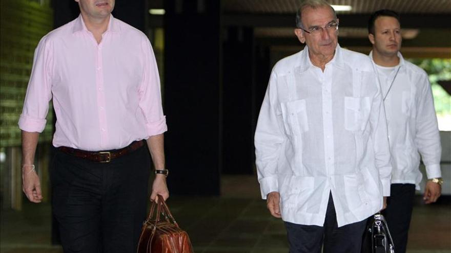 Las FARC piden crear con urgencia un Comando Guerrillero de Normalización