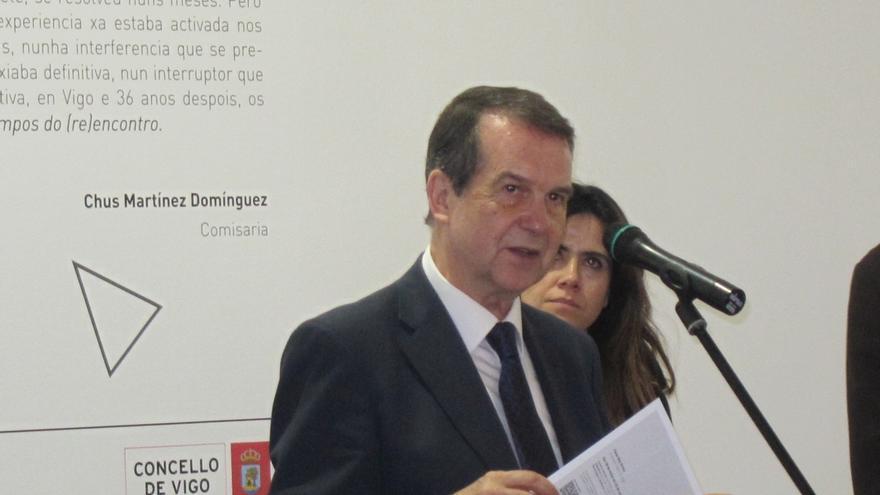 """Abel Caballero ve """"razonable"""" el pacto de Gobierno en C-LM, que demuestra la """"pesoización"""" de Podemos"""