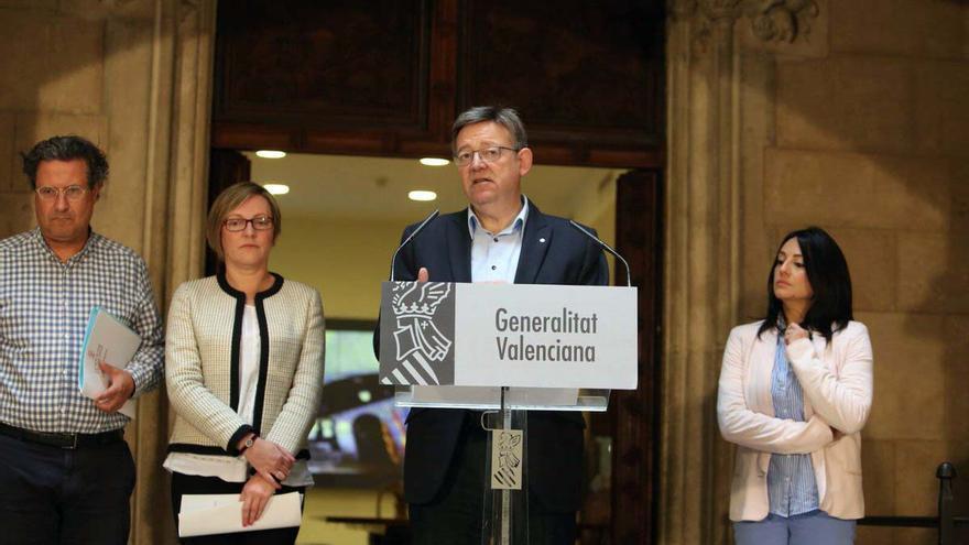 El president de la Generalitat, Ximo Puig, junto a la consellera María José Salvador