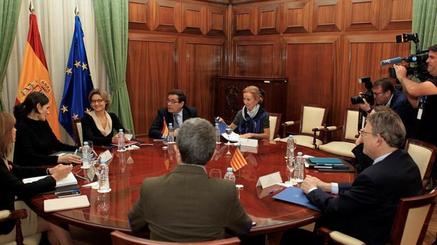 Tejerina garantiza a Puig la ampliación de la desalinizadora de Torrevieja