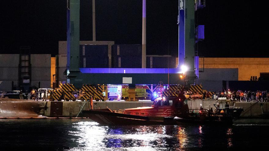 El vuelco de un barco de carga en Castellón deja 2 desaparecidos y 3 heridos