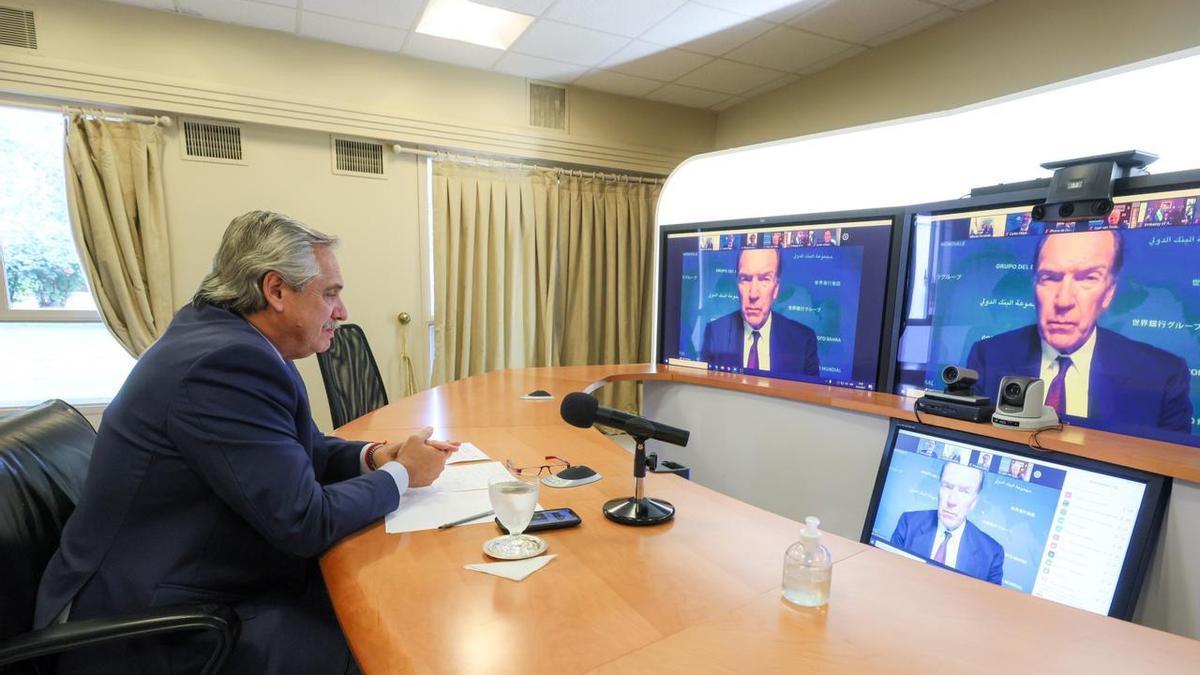 Alberto Fernández habló con el jefe del Banco Mundial