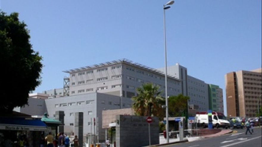 El CD Tenerife visitó el hospital de La Candelaria