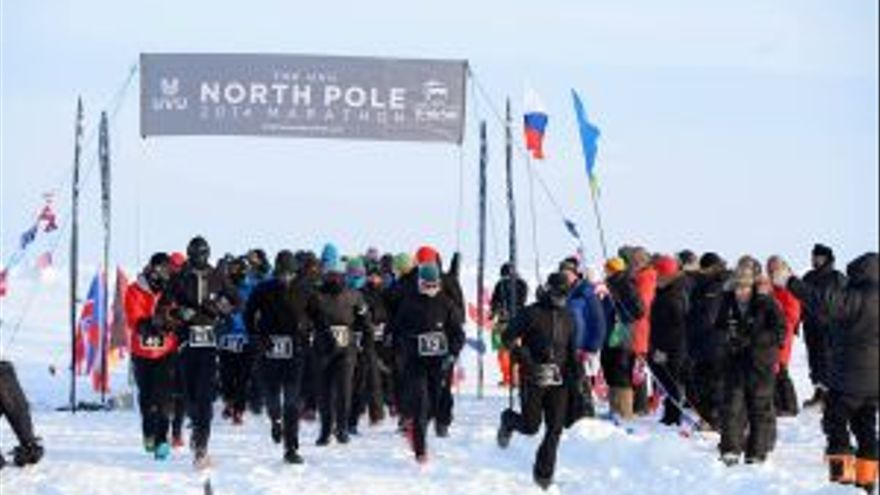 Salida del North Pole Marathon 2014. Foto: Mike King