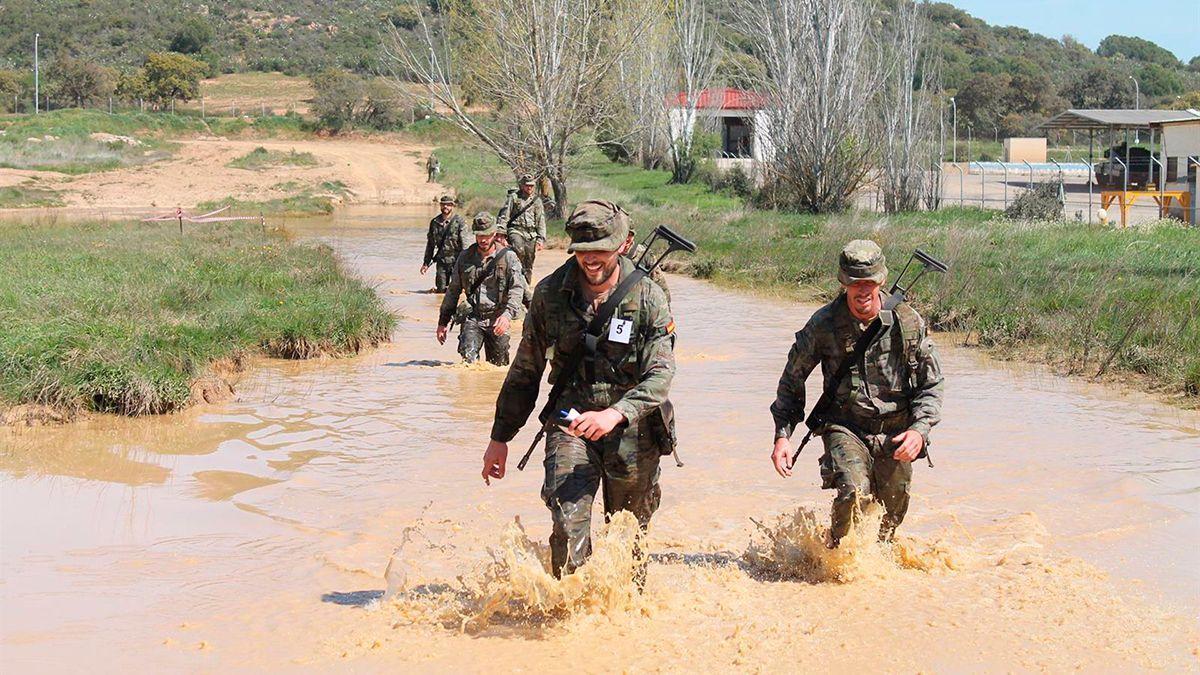 Militares de la BRI en las pruebas.