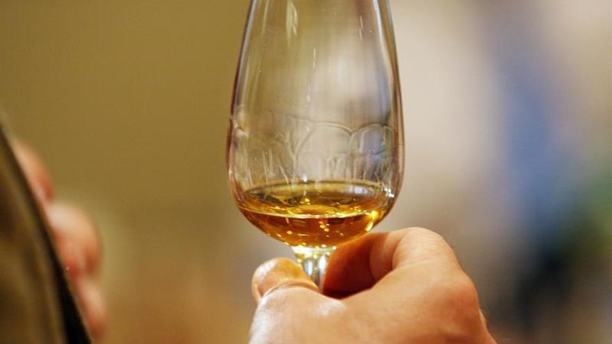 Escocia introducirá un precio mínimo para el alcohol para reducir el consumo