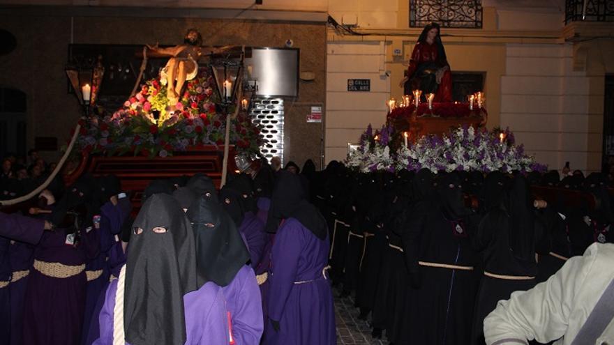 El Cristo del Socorro y la Virgen de la Soledad del Consuelo, encontrados a las puertas de la Iglesia de Santa María de Gracia