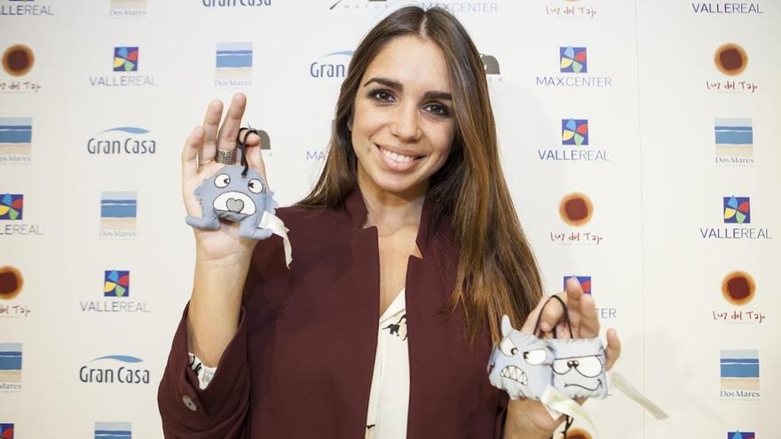 Elena Furiase, madrina del proyecto solidario de Valle Real y Ecodes 'Iluminamos sonrisas' contra la pobreza energética