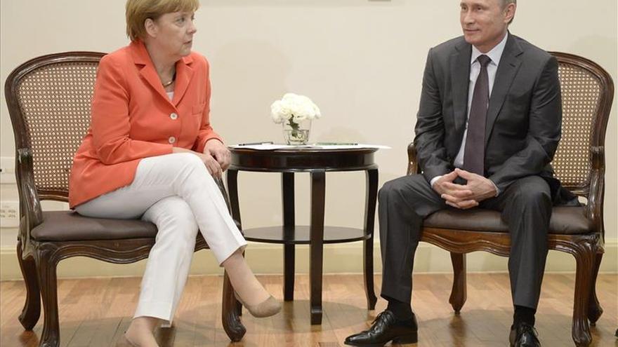 Ucrania centrará reunión Putin-Merkel el 10 de mayo en Moscú, según Kremlin